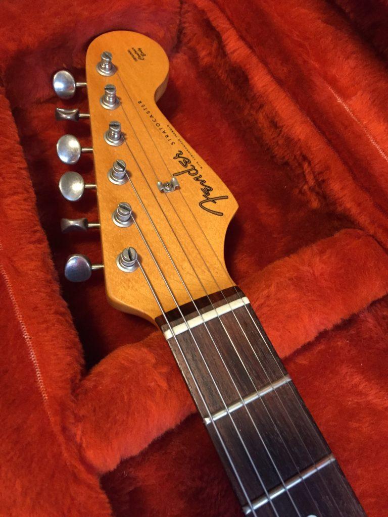 Fender Stratocaster 1982 AVRI Series Guitar