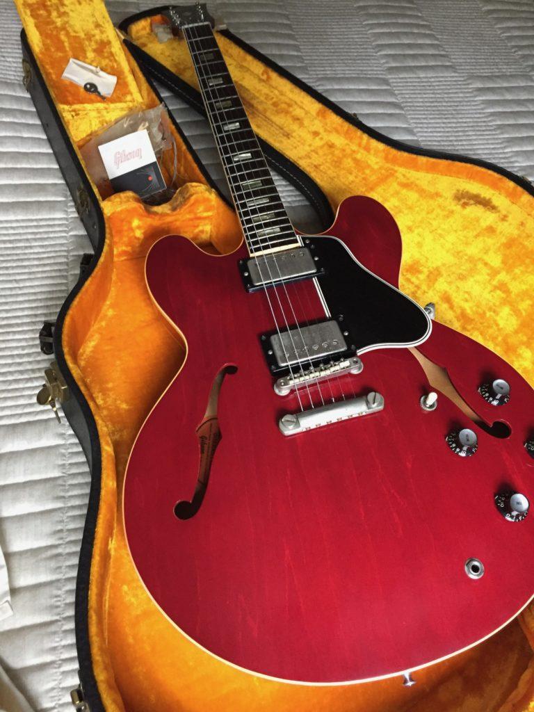 Gibson ES 335