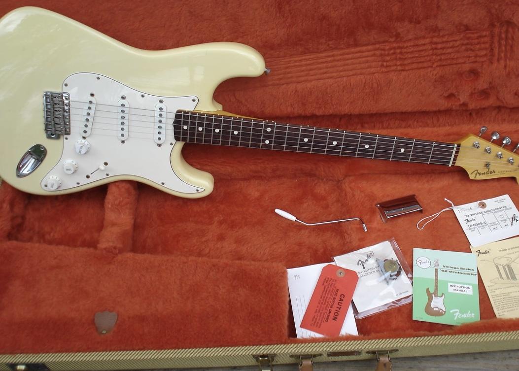 1988 Fender AVRI Stratocaster